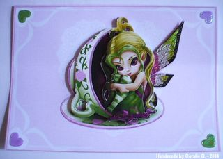 Coralie_g fairy in a cup