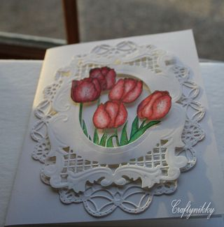 Craftynikky 5 red tulips card 1
