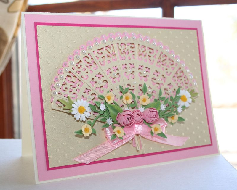 Craftynikky Tattered lace fan 3