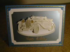 3d_pearlized_antique_car_right