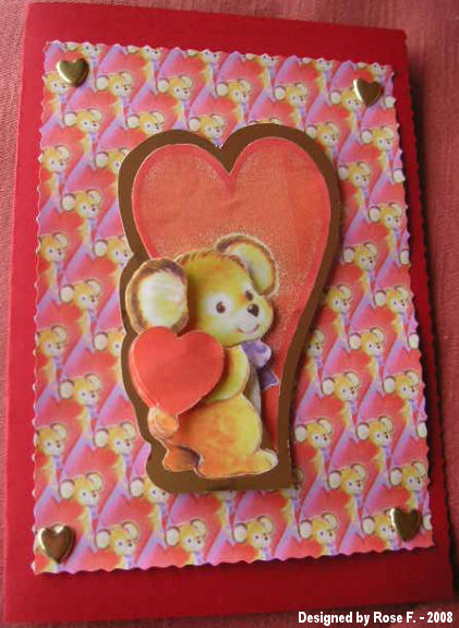 Rose_f_mouse_holding_heart